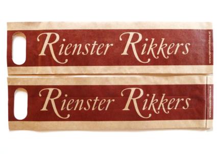 Rienster Rikkers papieren tassen